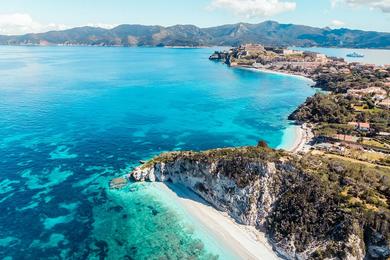 Гурмэ-круиз по Корсике и Тоскане на катамаране