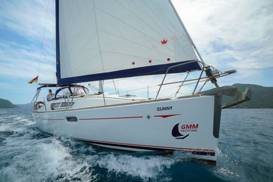 Яхта Sunny